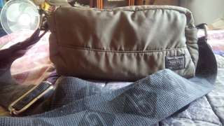 PORTER yoshida sling bag