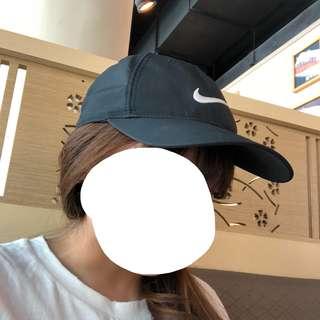 Nike黑色帽子
