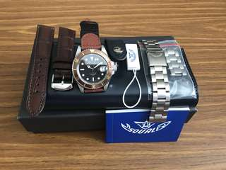 LNIB Squale Heritage 40 - unworn and pristine bracelet. 2 watch straps