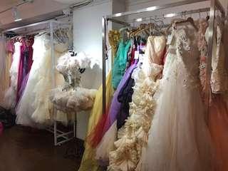 Wedding gown / ball gown / evening dress