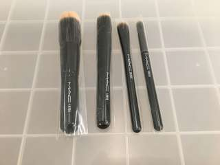 NEW MAC makeup brushes