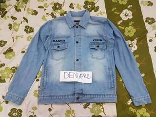 Based denim / trucker jacket