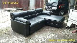 Sofa mewah semi kulit hitam harga murah