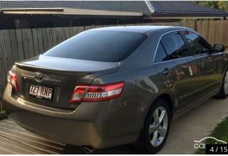 Toyota Camry touring 2011 PRICE IS NEGOTIABLE