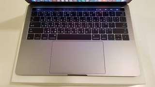 2016 Touch Bar版 Macbook Pro 13吋 8G/256G 灰色 外觀近全新 附USB轉接器