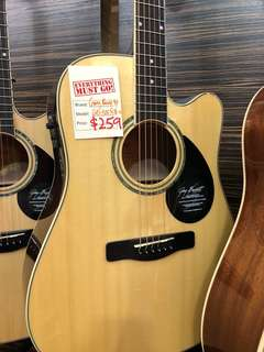 Samick Greg Bennett GD-100SCE Acoustic Guitar Fishman pre amp Solid top solid spruce top