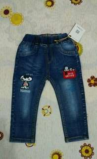 Jeans import snoopy