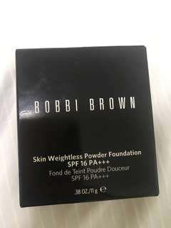 Bobbi Brown Skin Weightless Powder Foundation Refill