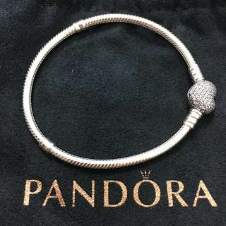 Pandora Moments Pave Heart Clasp Bracelet