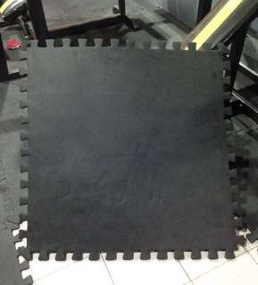 Gym Mats 32 pcs Matt black color bought at php550 per pc (take all not selling per piece)