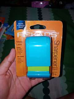 Fiskars Mess Less Sharpener