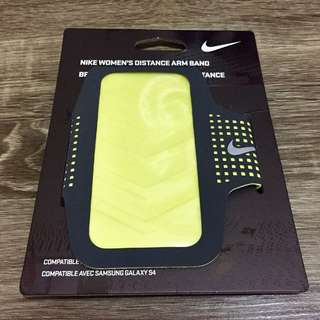 NIKE Women's Distance Arm Band for Samsung Galaxy S4