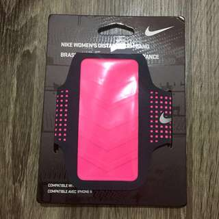 NIKE Women's Distance Arm Band