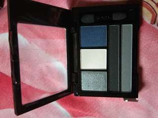 NYx eyeshadow 5 warna