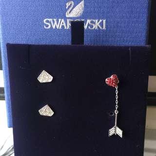 SWAROVSKI  鑽石💎形狀水晶耳環