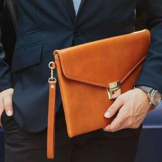 Cincinati Unisex Leather Clutch