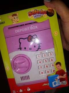 HELLO KITTY SAFE BOX