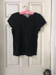 Old navy plain black shirt