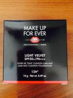 MAKE UP FOR EVER LIGHT VELVET SPF50+/PA+++  LUMI-MAT CUSHION FOUNDATION