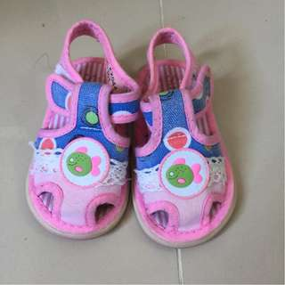 SUGAR KIDS Squeaky Shoes for early walkingn