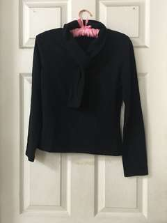 Black longsleeves top