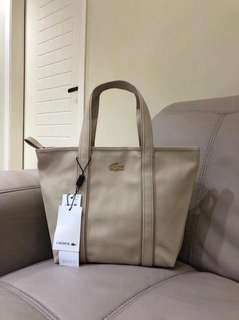 LACOSTE ZIPPED TOTE