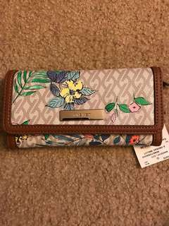 Reduced- AUTHENTIC NINE WEST PURSE WALLET