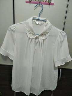 🚚 《二手》女珍珠邊白襯衫F