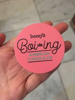 Benefit Boi-ing Airbrush Concealer Light No. 1