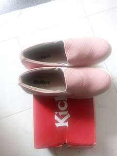 Slip on Kickers