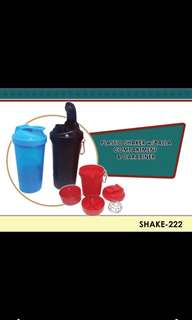 Gym bottle with shaker