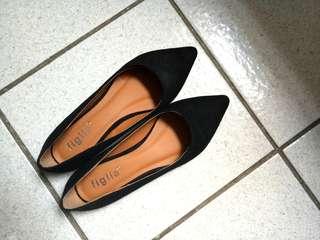 Black Figlia pointed toe flats