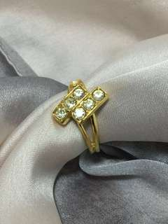 Vintage Gold ring with diamond