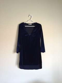 romwe deep-v navy velvet dress