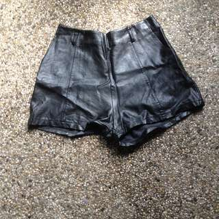 SALE! Leather shorts HW