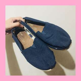 AUTH Toms Shoes Navy Blue