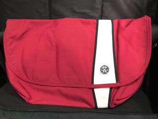 Crumpler messenger bag (Western lawn)