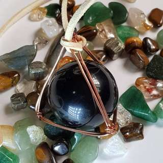 Green Rainbow Obsidian sphere / ball in a wire wrapped Copper Pyramid 彩虹 黑曜石