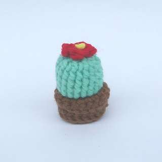 PLUSHIE Ready To Ship: Tiny Cactus Bulb (Crochet Amigurumi)