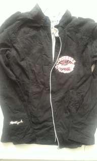 Jaket hitam katun tebal