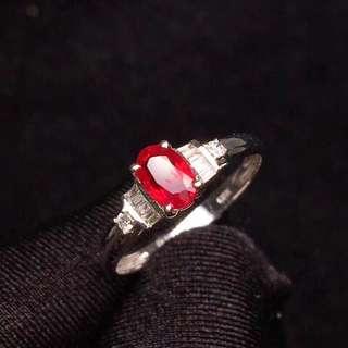 18K白金 天然紅寶石鑽石戒指