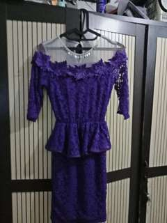 Dress menawan