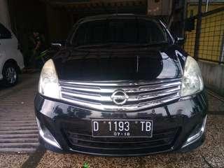 Nissan grand Livina XV mt 2013 hitam