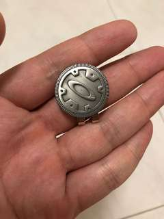 New Limited Edition Oakley Golf Ball Marker Father's Day x Metal Romeo Medusa.