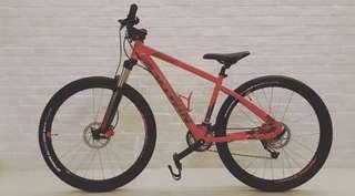 B-TWIN Mountain Bike