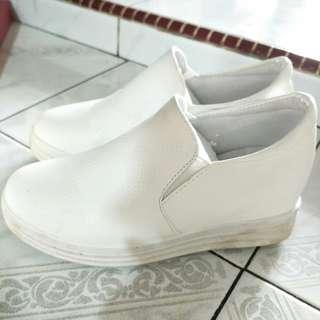 Slip on sepatu kets wanita import china size 37