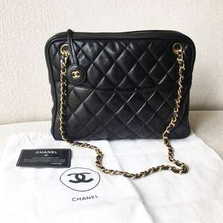 AUTHENTIC CHANEL Lambskin Shoulder Sling Bag