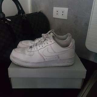 Nike Air Force 1 8.5