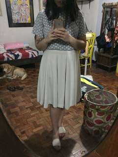 Uniqlo Pleated Skirt (Army Green and Cream)