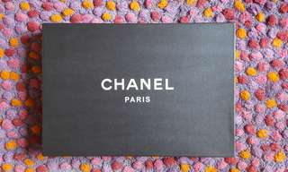 Chanel garment box, medium size